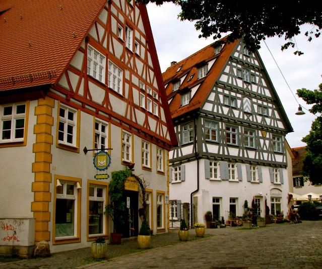 Mais casas no estilo enxaimel